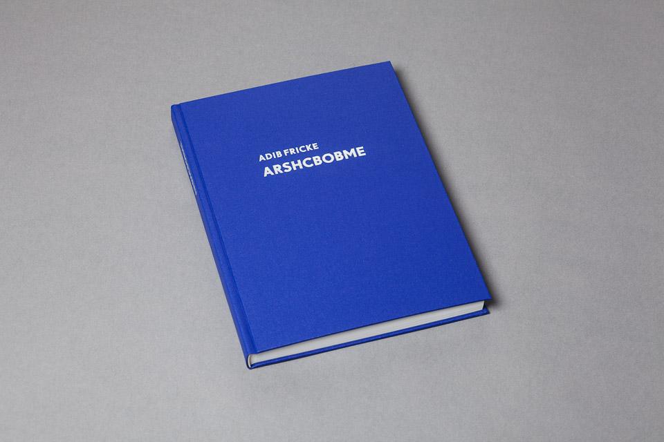 Acht Bücher – Arschbombe